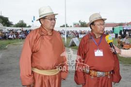 Говь-Алтай аймгийн МСУХ-ны тэргүүн Д.Гомбожав: Хурдан хүлгийнхээ хөлсийг нутагтаа шингээнэ гэдэг аргагүй том буян