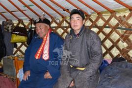 Монгол Улсын Алдарт уяач Ч.Зуунчулуун: Уяач хүнд хор шар, атаа жөтөө, цээж өвчин гурав л огт хэрэггүй