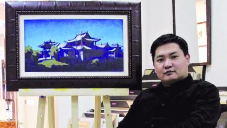 Зураач Э.Гансүх: Хурдан морь намайг дэлхийд гаргаж байгаа, учир нь миний зурсан морь олон докторын бүтээлд бий