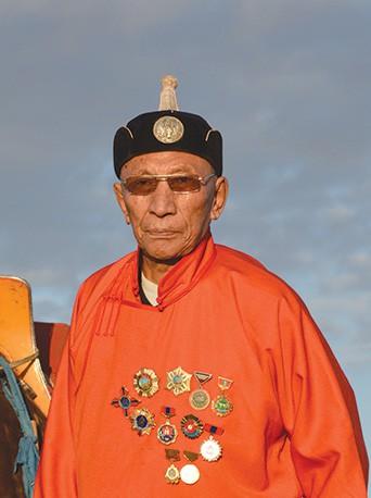 Монгол улсын алдарт уяач Цэвээндорж