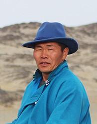 Сумын алдарт уяач Ганхуяг