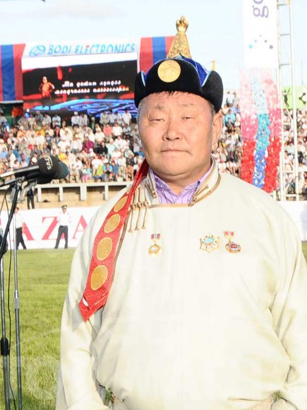 Монгол улсын тод манлай уяач АЮУШ