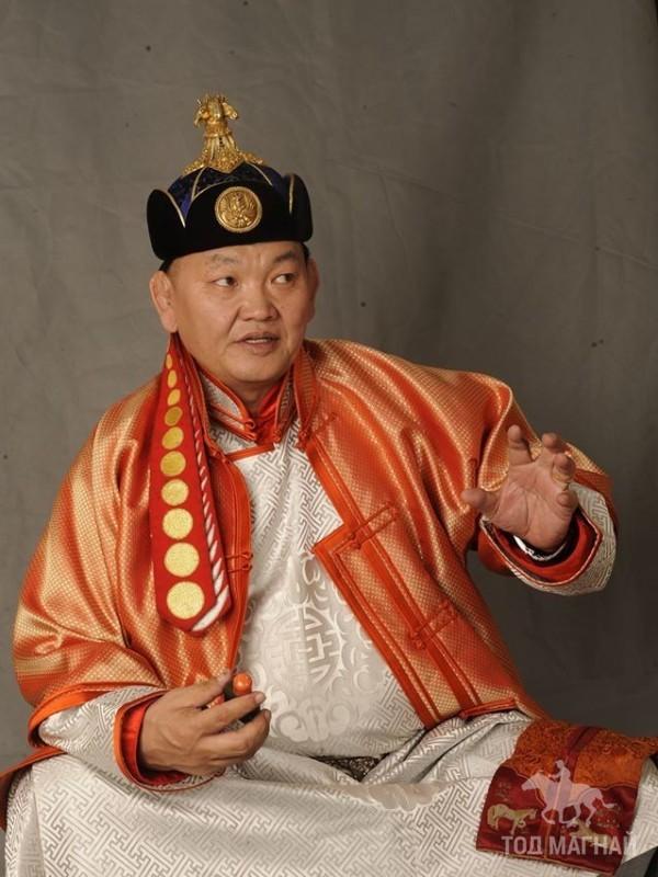 Монгол улсын тод манлай уяач Дуламсүрэн