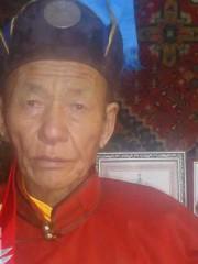 Монгол улсын алдарт уяач Шаравжамц