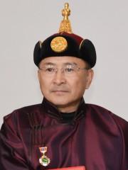 Монгол улсын алдарт уяач Мөнхбат