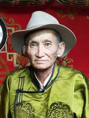Монгол улсын алдарт уяач Сүрэнжав