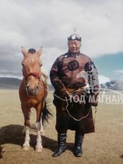 Монгол улсын алдарт уяач Дашдамба