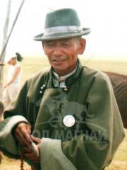 Монгол улсын алдарт уяач Цэрэндагва