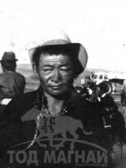 Монгол улсын алдарт уяач Хүүхэнбаатар