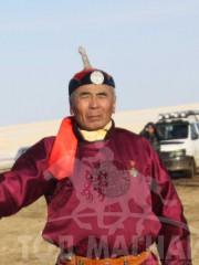 Монгол улсын алдарт уяач Гантөмөр
